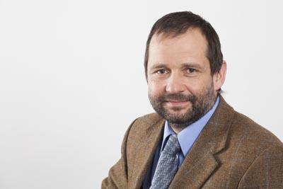 Prof. Dr.-Ing. Alexander Floß