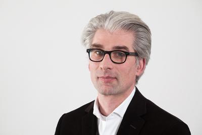 Prof. Dipl.-Ing. Matthias Loebermann