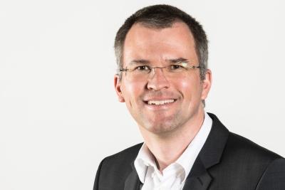 Dr. Stefan Hudjetz